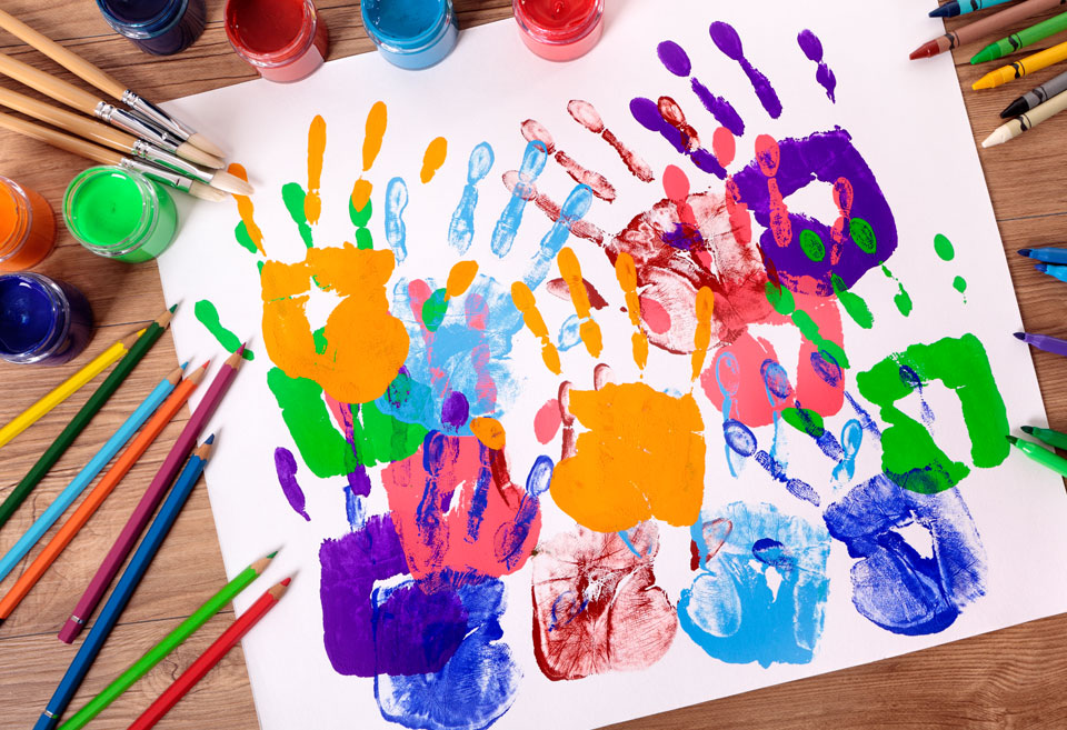 Taller de arte y pintura en marbella para ni os de 5 a 7 for Taller de artesanias